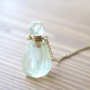 *天然石香水瓶ネックレス トパーズ*
