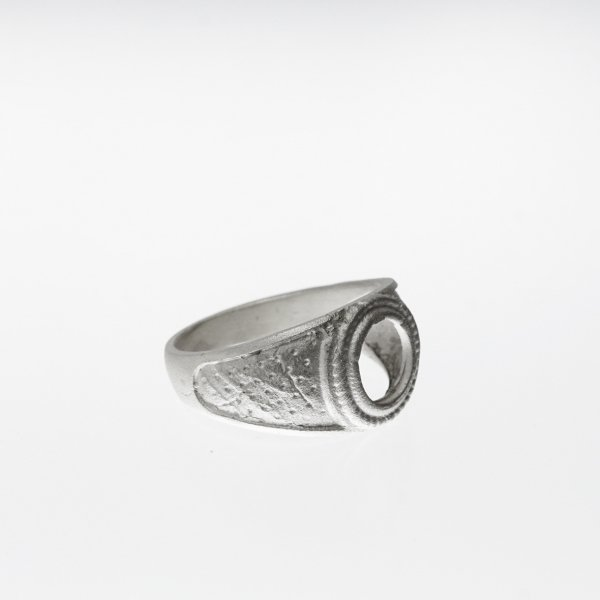 Collage RING (Grange Collection)