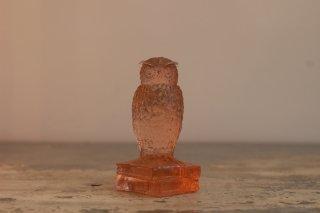 VINTAGE WESTMORELAND GLASS OWL ON BOOKS FIGURINE