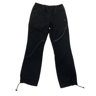 <img class='new_mark_img1' src='https://img.shop-pro.jp/img/new/icons1.gif' style='border:none;display:inline;margin:0px;padding:0px;width:auto;' />WOVEN PANTS