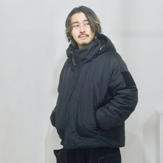 <img class='new_mark_img1' src='https://img.shop-pro.jp/img/new/icons1.gif' style='border:none;display:inline;margin:0px;padding:0px;width:auto;' />MINIMAL MONSTER PARKA