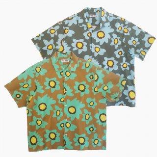 <img class='new_mark_img1' src='https://img.shop-pro.jp/img/new/icons21.gif' style='border:none;display:inline;margin:0px;padding:0px;width:auto;' />Flower aloha shirt