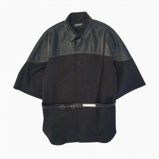 <img class='new_mark_img1' src='https://img.shop-pro.jp/img/new/icons21.gif' style='border:none;display:inline;margin:0px;padding:0px;width:auto;' />TWO TONE SHIRT S/S