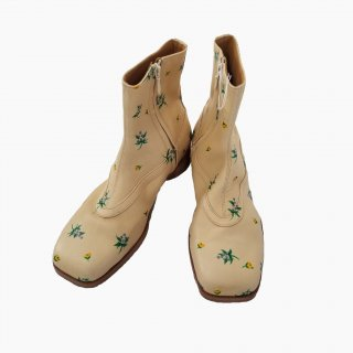 <img class='new_mark_img1' src='https://img.shop-pro.jp/img/new/icons1.gif' style='border:none;display:inline;margin:0px;padding:0px;width:auto;' />BALLET BOOTS (FLOWER HAND PAINT)