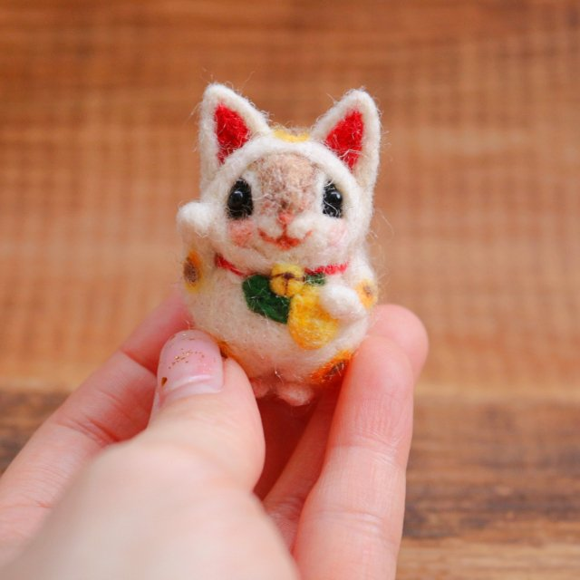 【購入注意】幸せのお守り ちいさな 招き猫momoちゃん【ご依頼品】