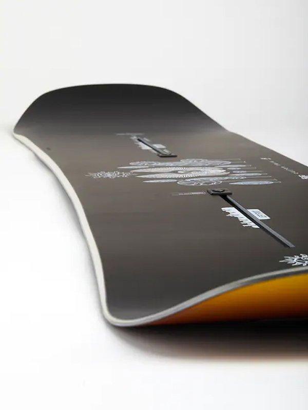 20/21モデル MEN'S CUSTOM TWIN OFF-AXIS CAMBER SNOWBOARD [153971]