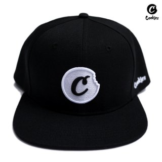 <img class='new_mark_img1' src='https://img.shop-pro.jp/img/new/icons59.gif' style='border:none;display:inline;margin:0px;padding:0px;width:auto;' />COOKIES SF C BITE SNAPBACK CAP【BLACK×WHITE】