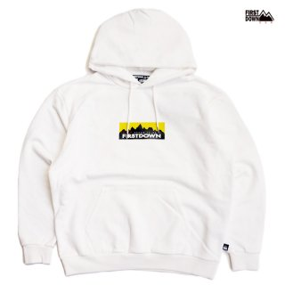 【送料無料】FIRST DOWN BOX HOODED SWEAT【OFF WHITE】