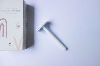 【Eco&Basics】セーフティレーザー(10枚替刃付き)