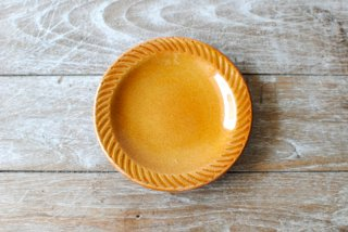 【湯町窯】ふち付き皿 小 黄釉 斜めしのぎ