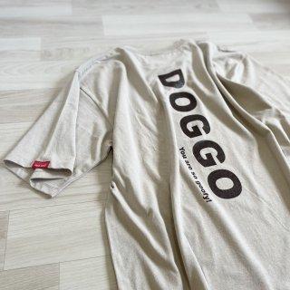 <img class='new_mark_img1' src='https://img.shop-pro.jp/img/new/icons25.gif' style='border:none;display:inline;margin:0px;padding:0px;width:auto;' />DOGGO/ビッグシルエットTシャツ(ストーン)/愛犬とペアルック可