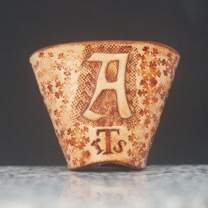 タイストラップ carving(彫刻) シリーズ ゴシック体アルファベット(A~Z) ナチュラル 3点セット価格
