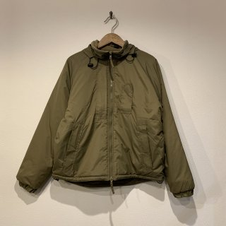 <img class='new_mark_img1' src='https://img.shop-pro.jp/img/new/icons47.gif' style='border:none;display:inline;margin:0px;padding:0px;width:auto;' />【MILITARY DEADSTOCK】 BRITISH ARMY PCS THERMAL JACKET