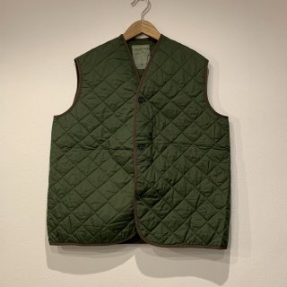<img class='new_mark_img1' src='https://img.shop-pro.jp/img/new/icons5.gif' style='border:none;display:inline;margin:0px;padding:0px;width:auto;' />【MILITARY DEADSTOCK】BRITISH ARMY QUILTING VEST キルティング ベスト