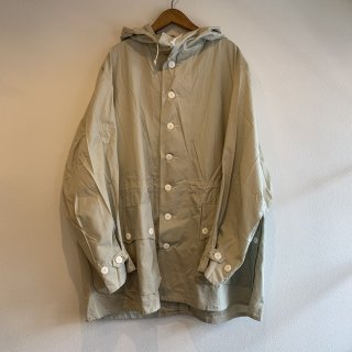 <img class='new_mark_img1' src='https://img.shop-pro.jp/img/new/icons47.gif' style='border:none;display:inline;margin:0px;padding:0px;width:auto;' />【MILITARY DEADSTOCK】SWEDISH ARMY SNOW PARKA 未染め L.GRY