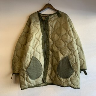 <img class='new_mark_img1' src='https://img.shop-pro.jp/img/new/icons5.gif' style='border:none;display:inline;margin:0px;padding:0px;width:auto;' />【MILITARY ITEM】 M-65 Fishtail Liner With Zip&Pocket Remake M65 フィッシュテール ライナー ジップ&ポケット付き