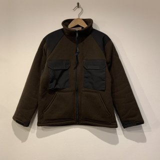 <img class='new_mark_img1' src='https://img.shop-pro.jp/img/new/icons5.gif' style='border:none;display:inline;margin:0px;padding:0px;width:auto;' />【MILITARY DEADSTOCK】 ECWCS COLD WEATHER LINER