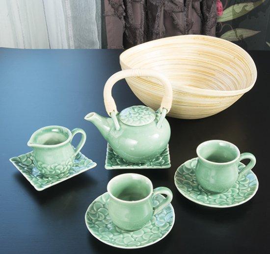 JENGGALA SMALL FRANGIPANI TEA SET WITH BAMBOO BASKET / ジェンガラ スモール フランジパニ ティ―セット(竹籠付き)