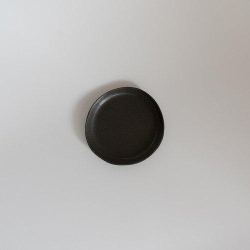 馬場勝文 / 黒釉 リム細豆皿
