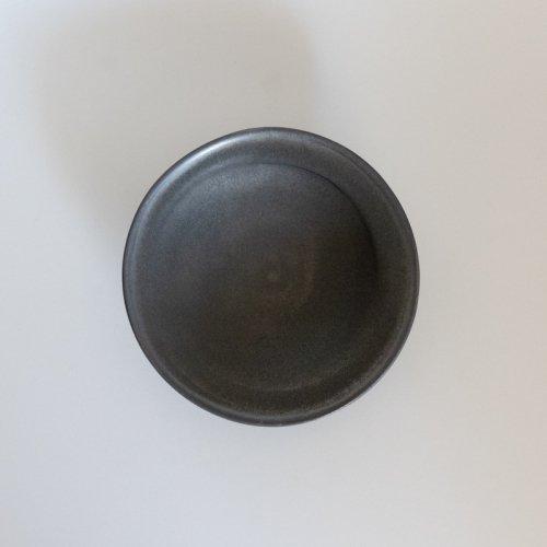 馬場勝文 / 黒釉アシンメトリー鉢 5.5寸