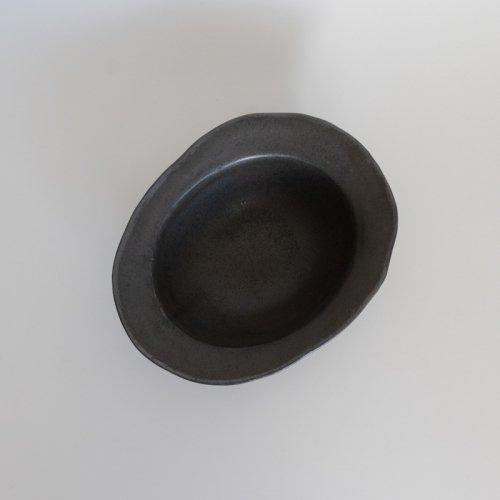 馬場勝文 / 黒釉リムオーバル深鉢(中)