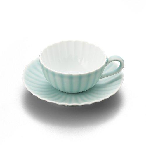 モイスト 菊割紅茶碗皿