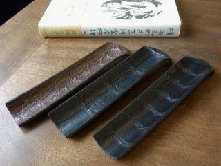 カンダミサコ ペン置き クロコダイル革