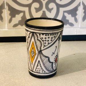 モロッコ陶器 コップ グレーA
