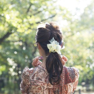 mini|新緑|咲き編みシュシュ