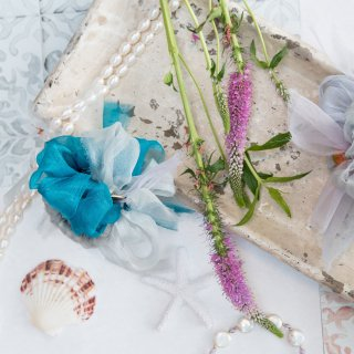 mini|スモーキー|咲き編みシュシュ