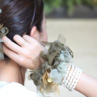 グリーンティ|彩る咲き編みシュシュ