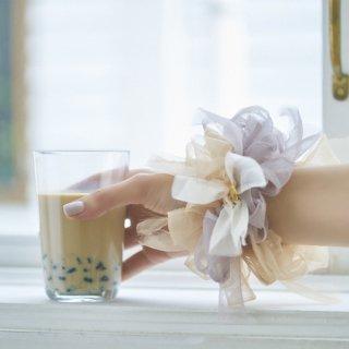 ミルクティ|彩る咲き編みシュシュ