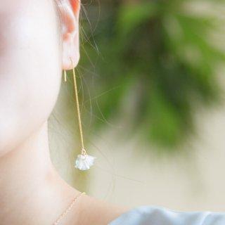 クリア|ゆれる花咲きフリル|ピアス/イヤリング(18kgp)