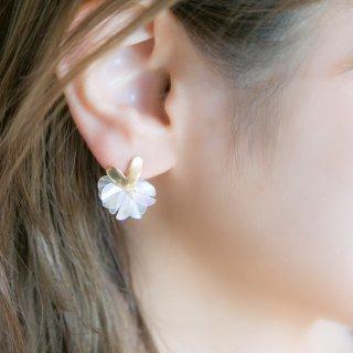 クリア|花咲きフリルのハートピアス/イヤリング(18kgp)