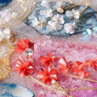 【選べるコフレ】花咲きフリルアクセサリーのコフレ|レッド