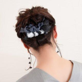 ファーで彩る咲き編みバレッタ|ダルメシアン