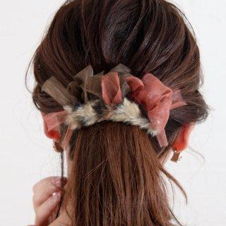 ファーで彩る咲き編みバレッタ|レオパード