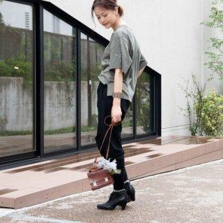 咲き編みの輪オーバーサイズTシャツ|カーキ×シルバー