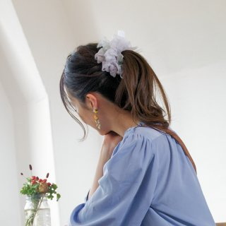 【OUTLET】スミレ|彩る咲き編みシュシュ
