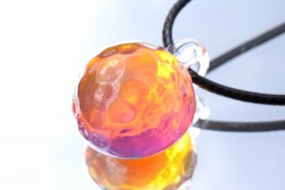 【CraftWorks雲谷】水紋ガラスペンダント「ピンクパープルオレンジ」(品番210)