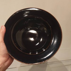 黒釉縁付七寸鉢