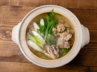 冬の鶏づくし鍋セット5人前(特製つみれ、朝引き一口もも、ポン酢、ガラスープ)