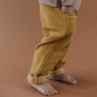 <img class='new_mark_img1' src='https://img.shop-pro.jp/img/new/icons16.gif' style='border:none;display:inline;margin:0px;padding:0px;width:auto;' />fin & vince corduroy button trouser / mustard (last 3-6M)の商品画像