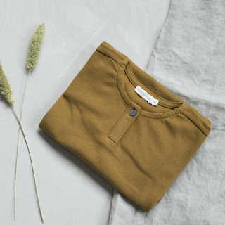 <img class='new_mark_img1' src='https://img.shop-pro.jp/img/new/icons24.gif' style='border:none;display:inline;margin:0px;padding:0px;width:auto;' />Phil&Phae Rib henley top long / golden olive (last 18m)の商品画像