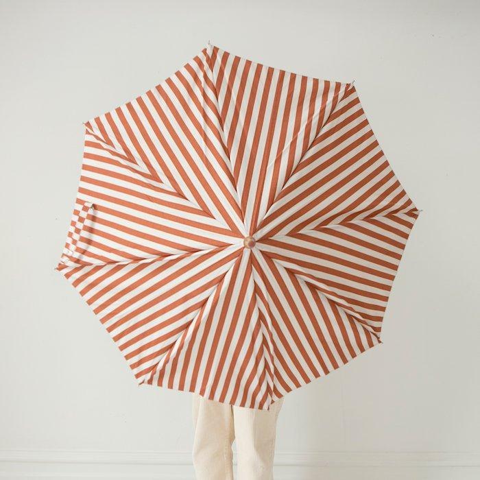 <img class='new_mark_img1' src='https://img.shop-pro.jp/img/new/icons10.gif' style='border:none;display:inline;margin:0px;padding:0px;width:auto;' />fin & vince umbrella - popcorn stripeの商品画像
