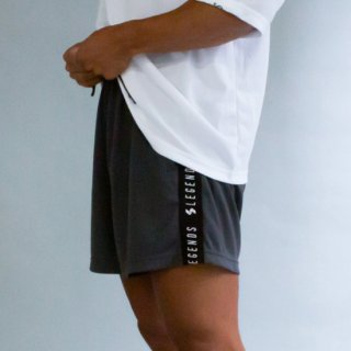<img class='new_mark_img1' src='https://img.shop-pro.jp/img/new/icons5.gif' style='border:none;display:inline;margin:0px;padding:0px;width:auto;' />DRY SIDE LOGO TAPE ACTIVE SHORT PANTS