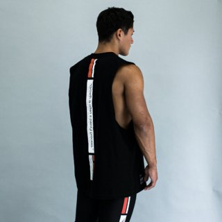 <img class='new_mark_img1' src='https://img.shop-pro.jp/img/new/icons5.gif' style='border:none;display:inline;margin:0px;padding:0px;width:auto;' />COTTON LINE PRINT WIDE ARMHOLE TANK TOP