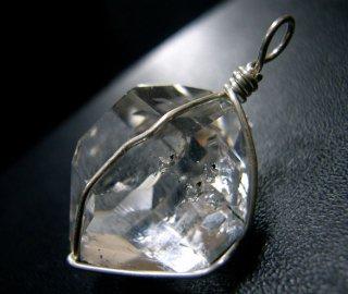ペンダントトップ(ハーキマーダイヤモンド23)