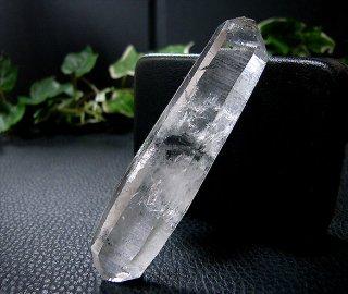 ナチュラルポイント(貴州産ガーデン水晶ダブルターミネーター311)両剣水晶