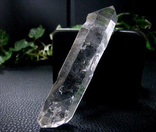 ナチュラルポイント(貴州産ガーデン水晶ダブルターミネーター312)両剣水晶